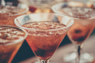 Winter Cocktails Warm Up the Season
