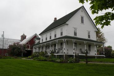 Emergo Farm Bed and Breakfast